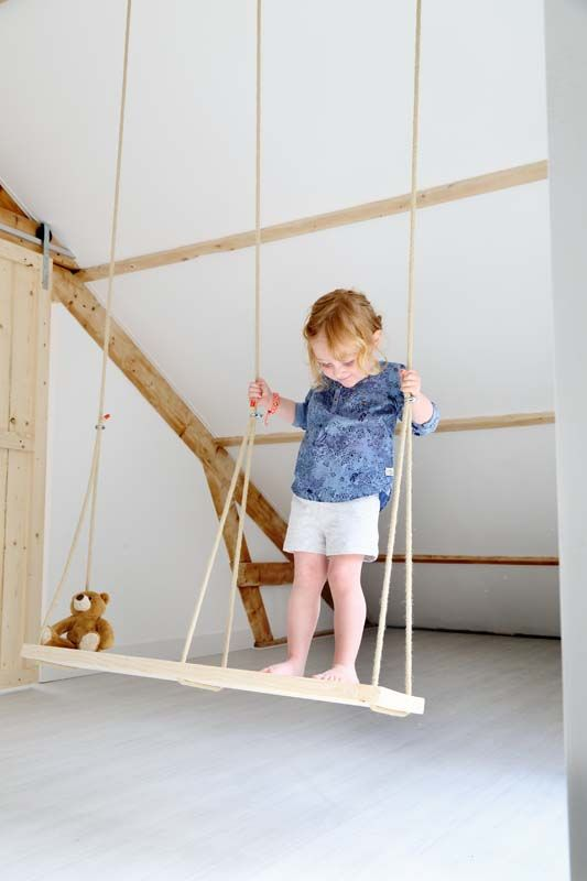 6 kids rooms to be fit petit small for Swing for kids room