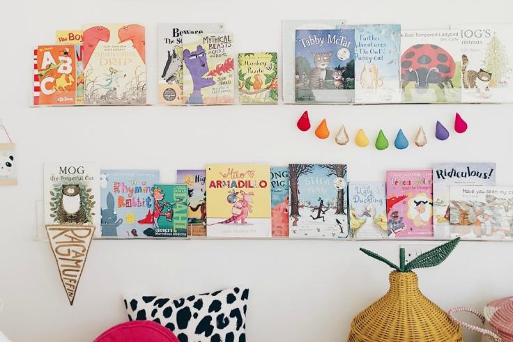 shared-girls-room-shelves