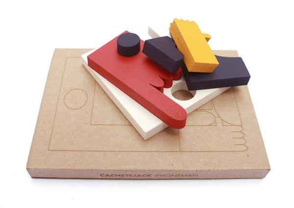 wood-toy-cachetejack-iphoneman