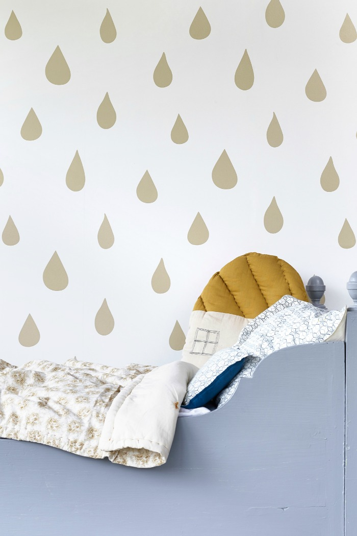 Hibou Home-Raindrops- wallpaper-kids-wall-decor5