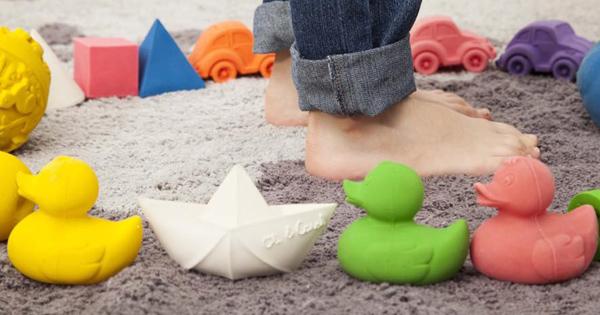 oliandcarol-bath-toys-natural-rubber
