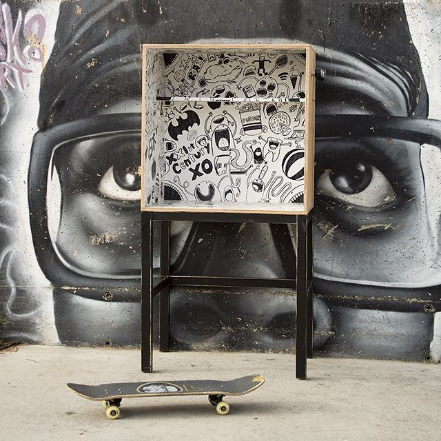 comic-desk-kids-furniture-street-art-inspiration