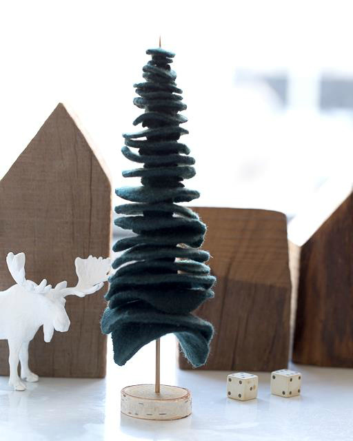 12 Easy Handmade Holidays Decorating Ideas to Try This Weekend
