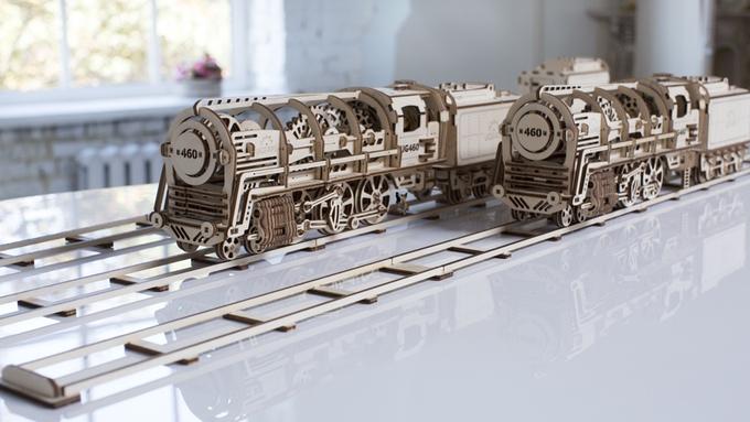 ugears-self-moving- mechanical- models