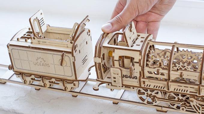 ugears-self-moving- mechanical- models2