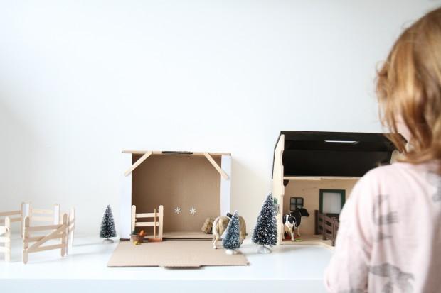 diy-cardboard-toy2
