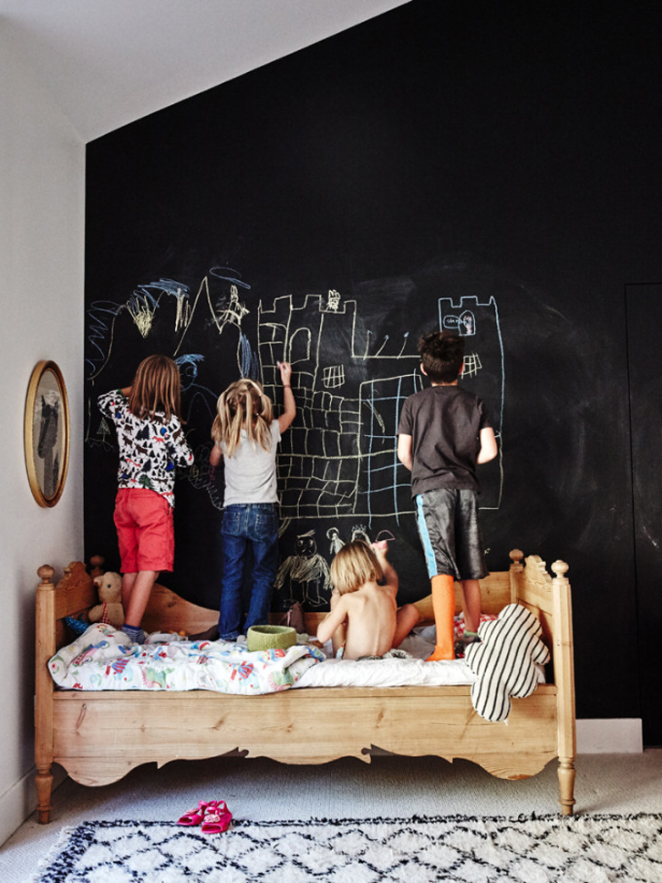 eclectic-kids-room-meta5