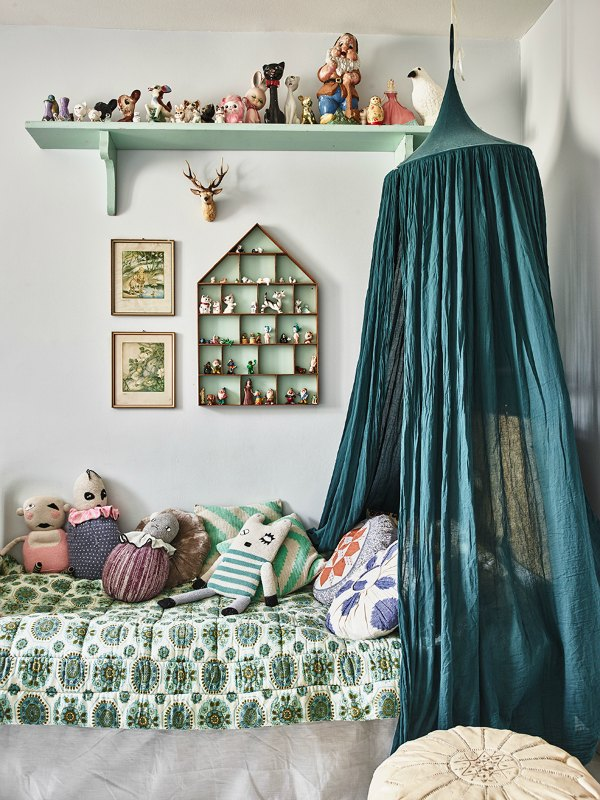 ... vintage-kids room & 2 Vintage Kidu0027s Rooms With a Boho Touch