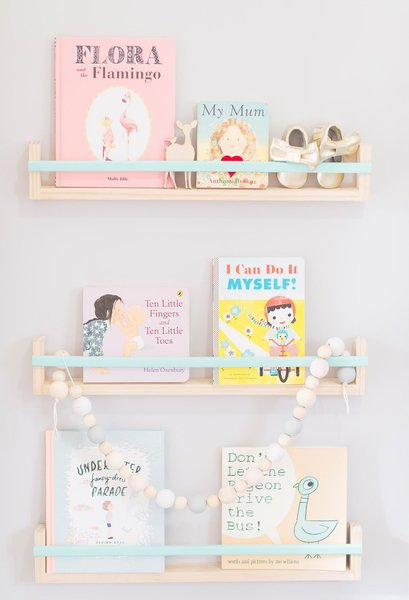 6 Trendy Shelves for Kids Rooms