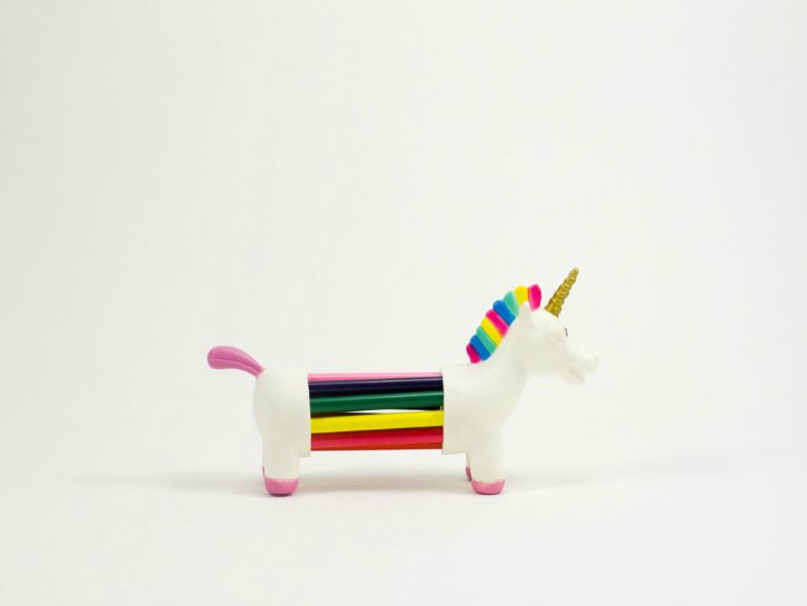 toyhood-unicorn-holder-2
