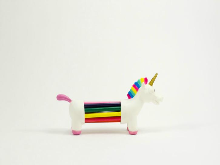 toyhood-unicorn-holder-2