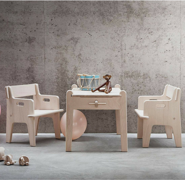 2 peters table and chair - Toddler Wooden Table And Chairs
