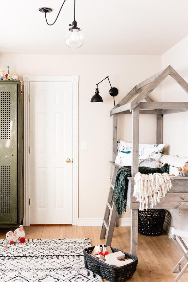 Creative Toddler Boy Room With A Vintage Touch