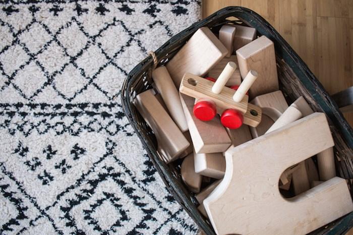 toddler-room-wooden-toys-storage