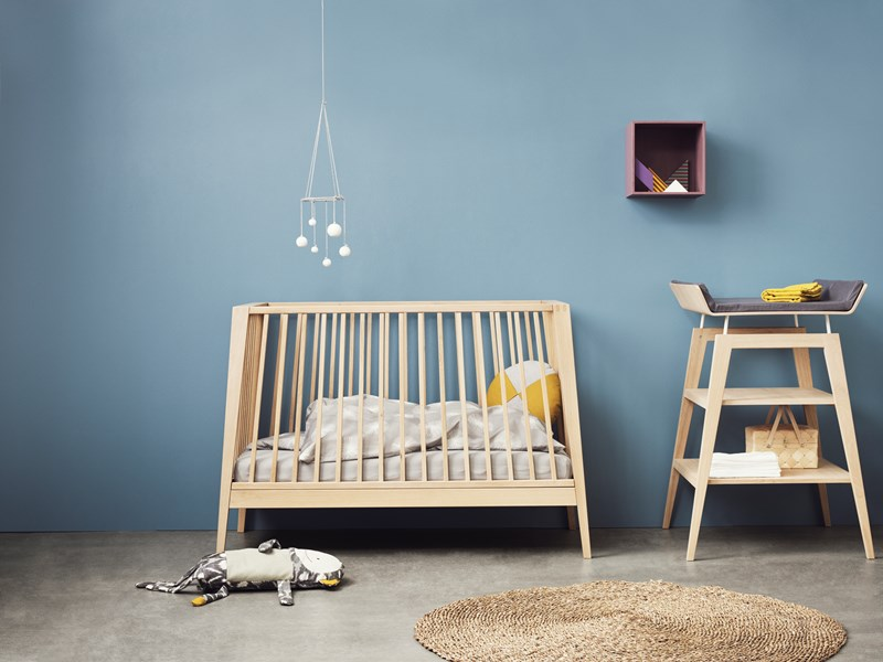 Linea by leander modern baby furniture petit small - Table a langer compact ...