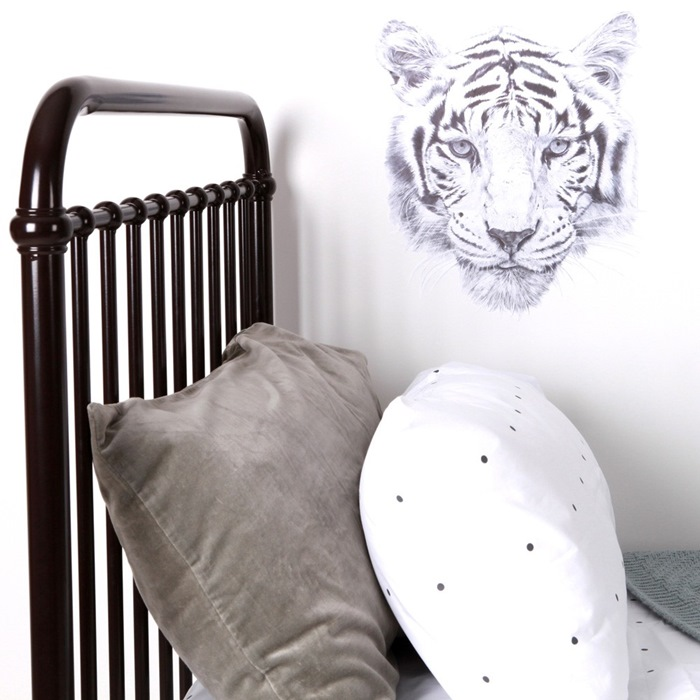 love-mae-tiger-wall-decal