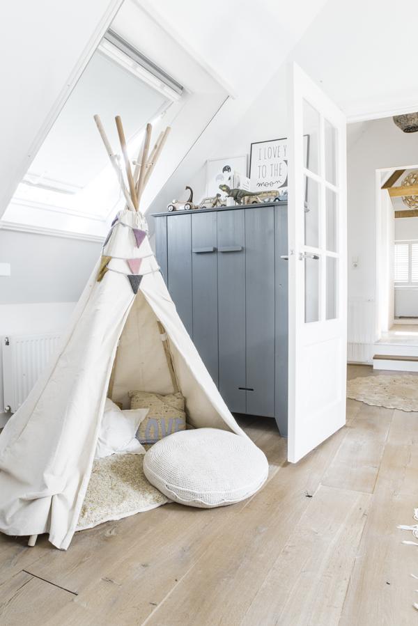 Nordic-grey-room