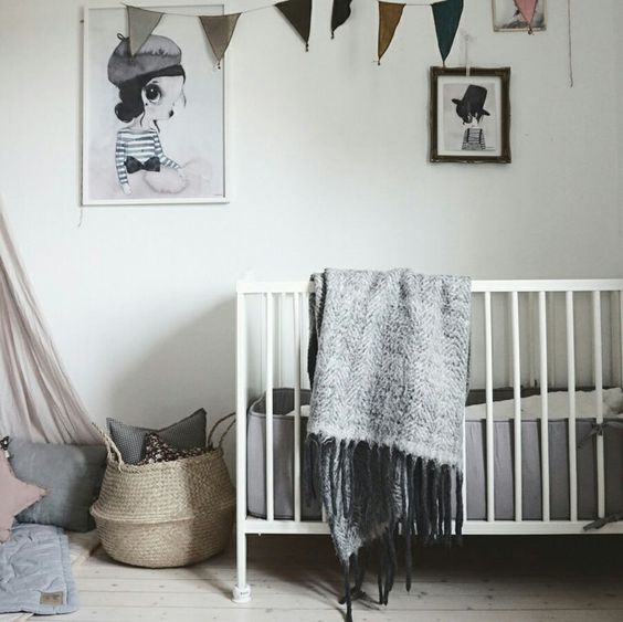 Decorating with mrs mighetto petit small - Baby nursery ideas for small spaces style ...