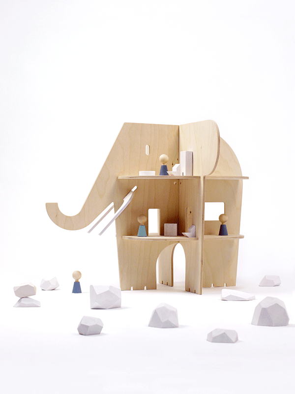 rockandpebble-elephant-dollhouse