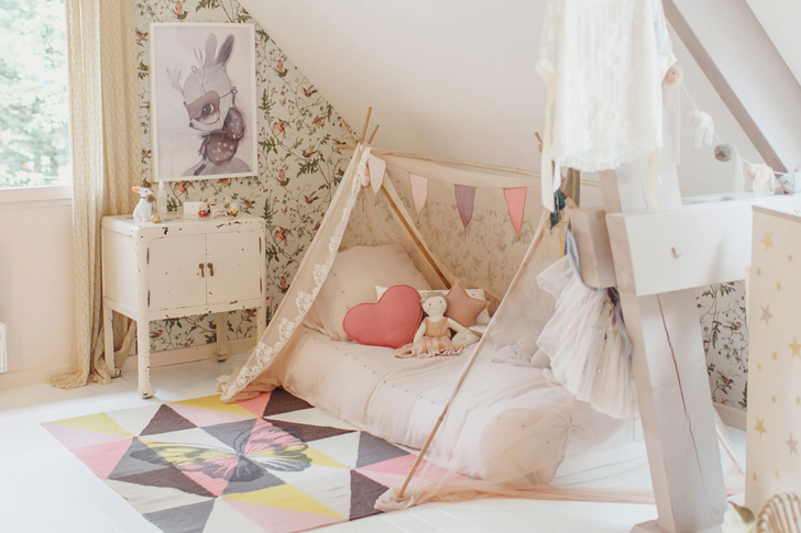 Kids' Room for a Girl with a Dreamy Spirit