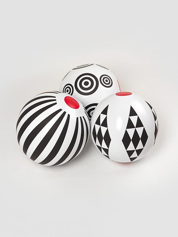 black-geometric-beach-balls