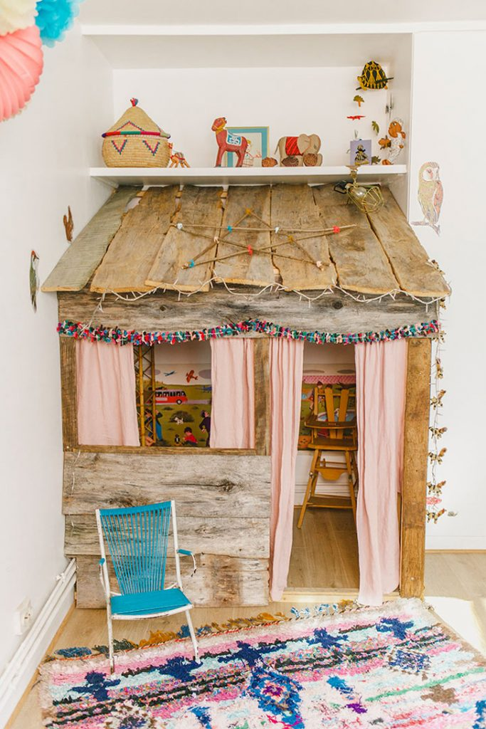 rustic-play-house2