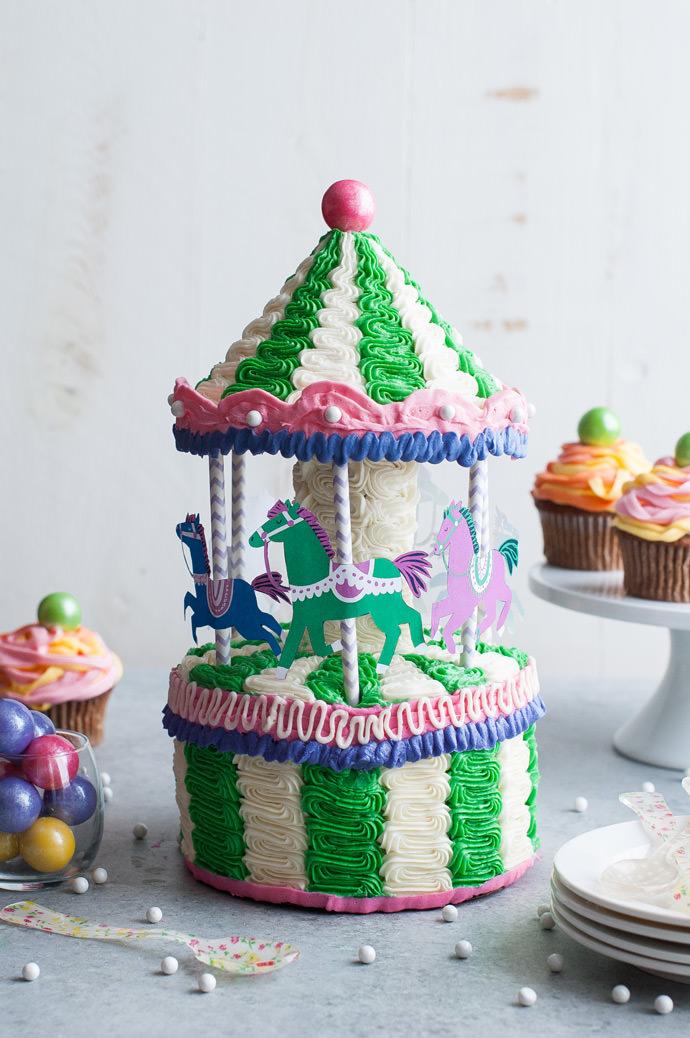 Carousel-Cake-done-3