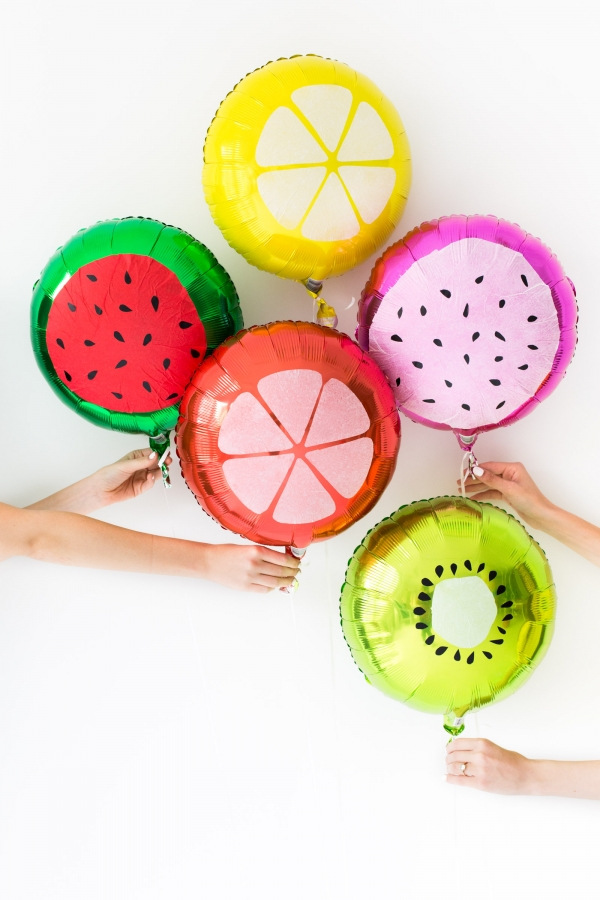 diy-fruit-slice-balloons