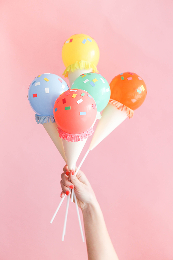 mini-ice-cream-cone-balloon-sticks-diy