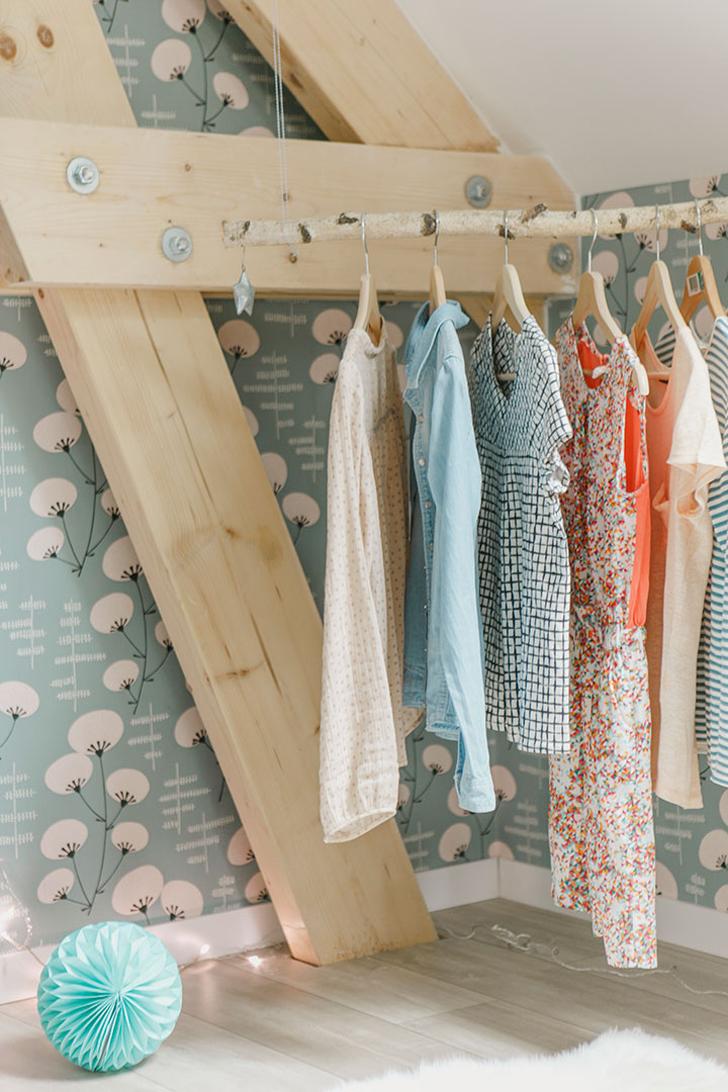 rustic-hanger-childrens-bedroom