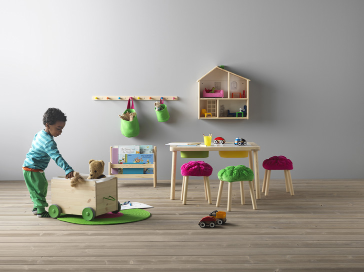 Ikea 39 s storage solutions for kids petit small for Ikea mueble infantil