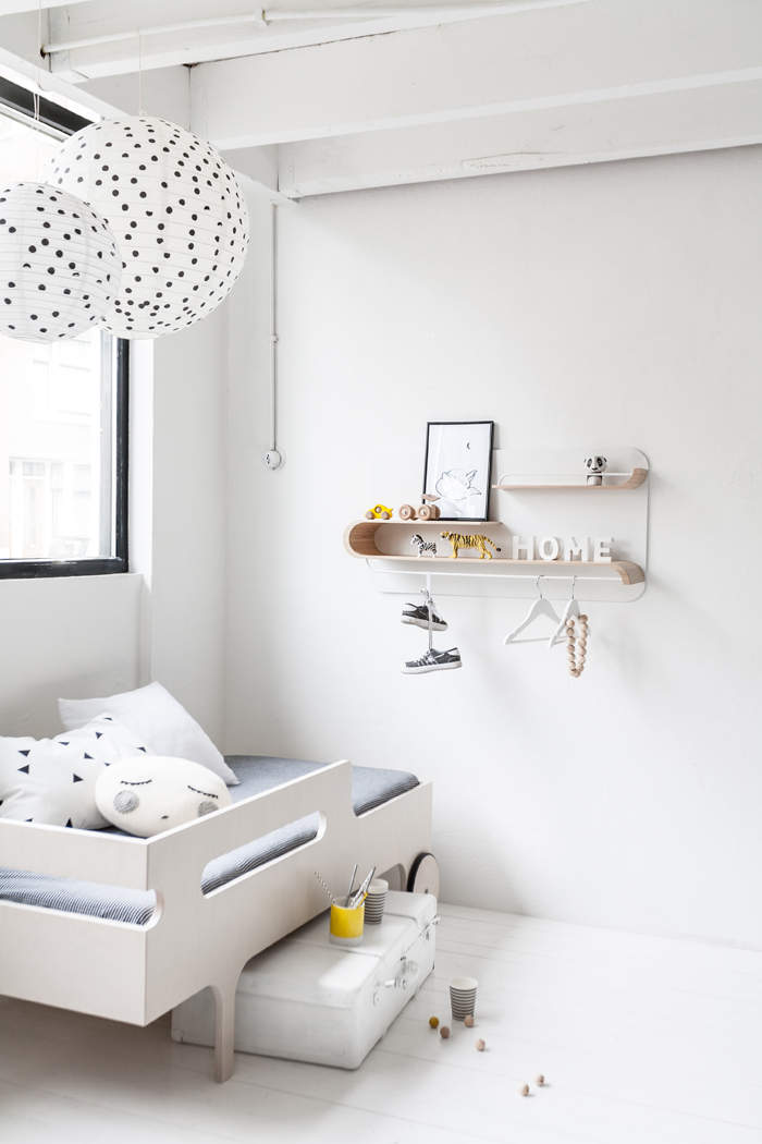 Minimal Childrens Room
