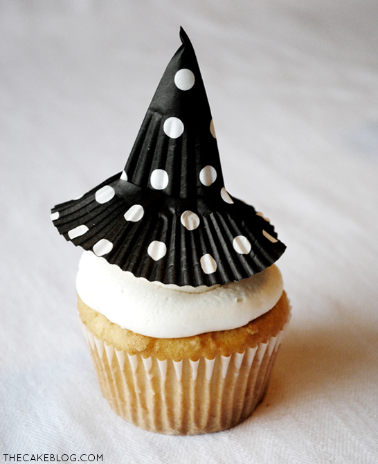 diy-witch-hat-cupcake-topper
