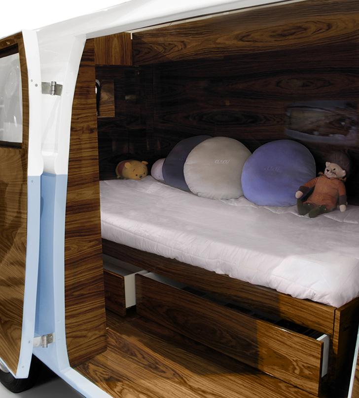 camper-van-bed