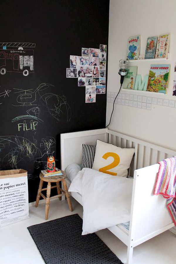 painting-childrens-rooms-chalk
