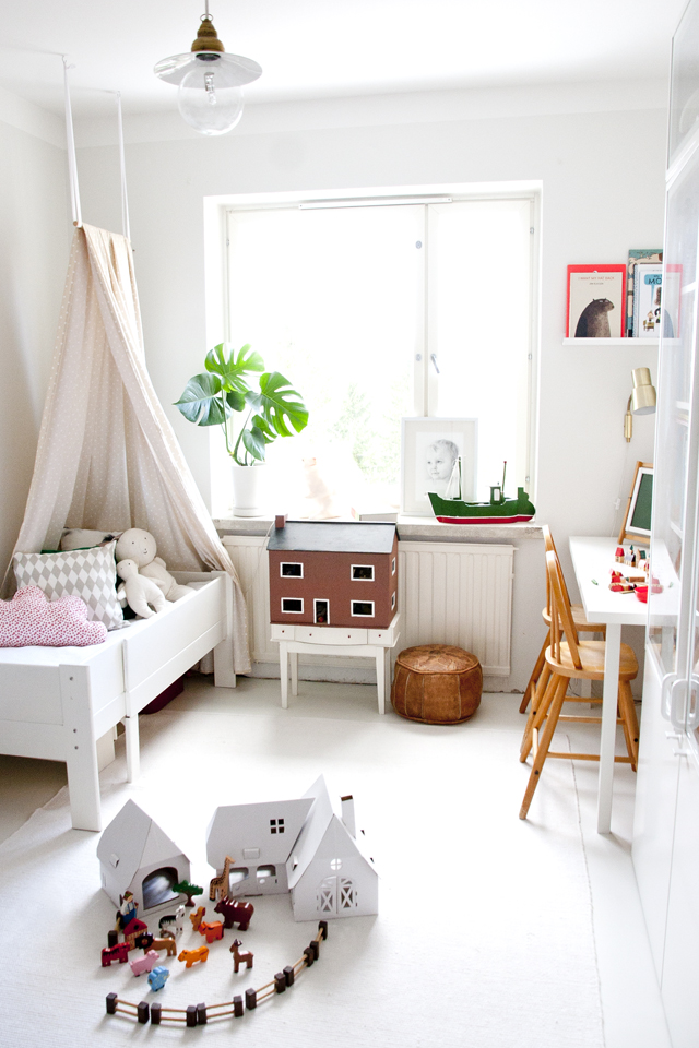 canopies-bed-toddler-room