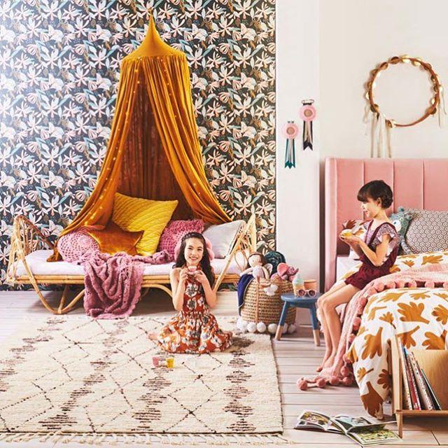 girls-room-canopy
