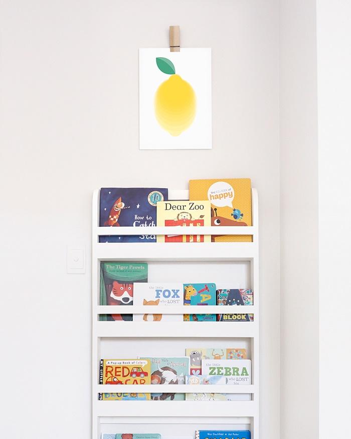 6-hues-and-fables-eureka-print