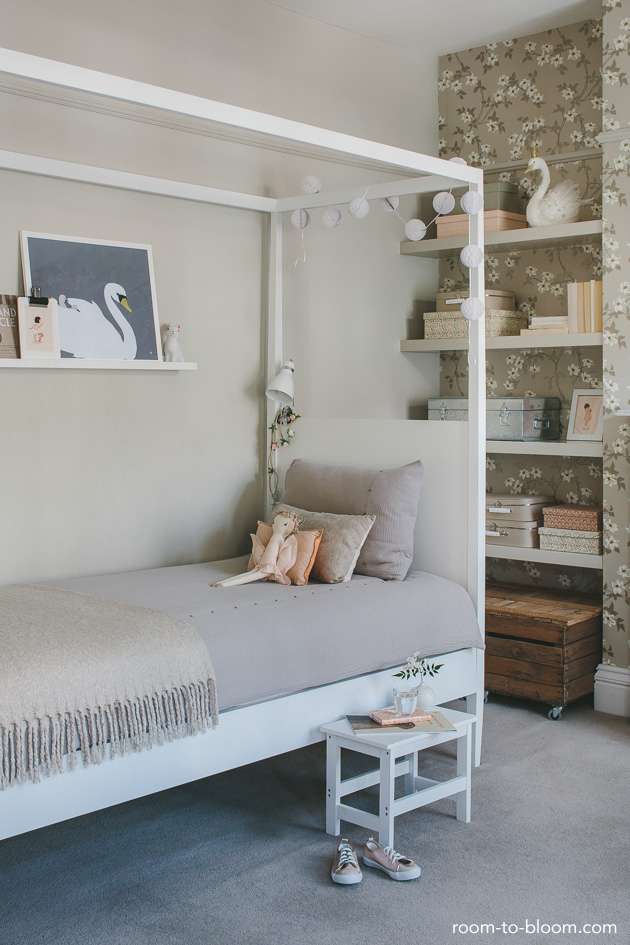 A Romantic Girl S Room With Vintage Accents Petit Amp Small