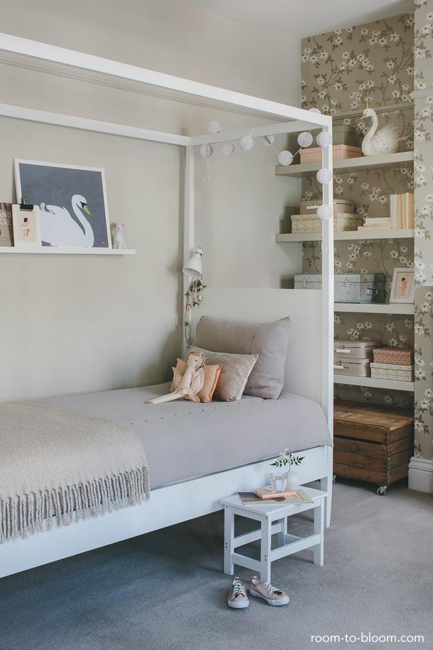 childrens-bed-vintage-childrens-bedroom