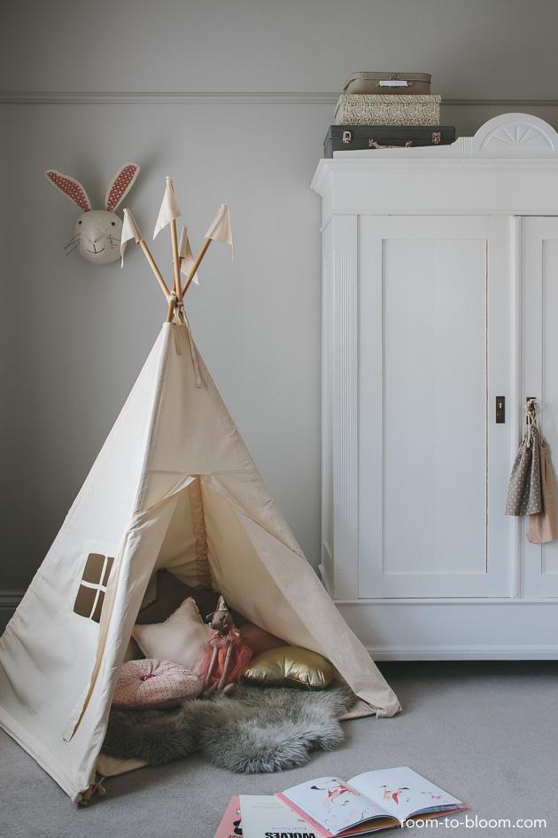 play-corner-vintage-childrens-room