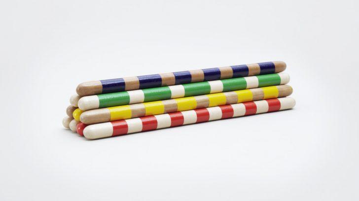 toys-sticks-oliver-helfrich