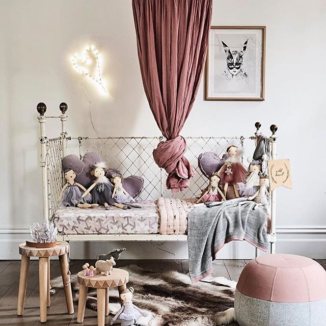 Charming Vintage Kids Rooms