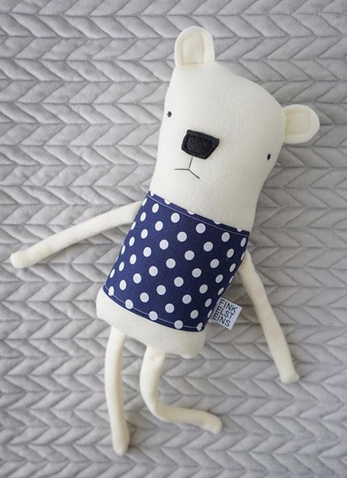 polar-bear-toy-by-fink-toys