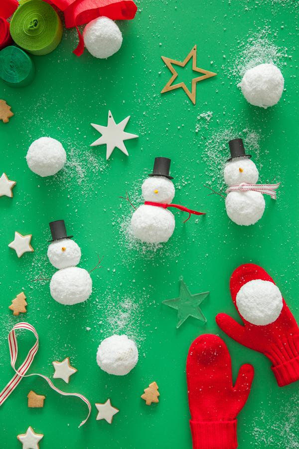 snowman-surprise-balls