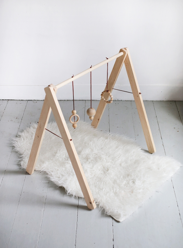 diy-wooden-baby-gym