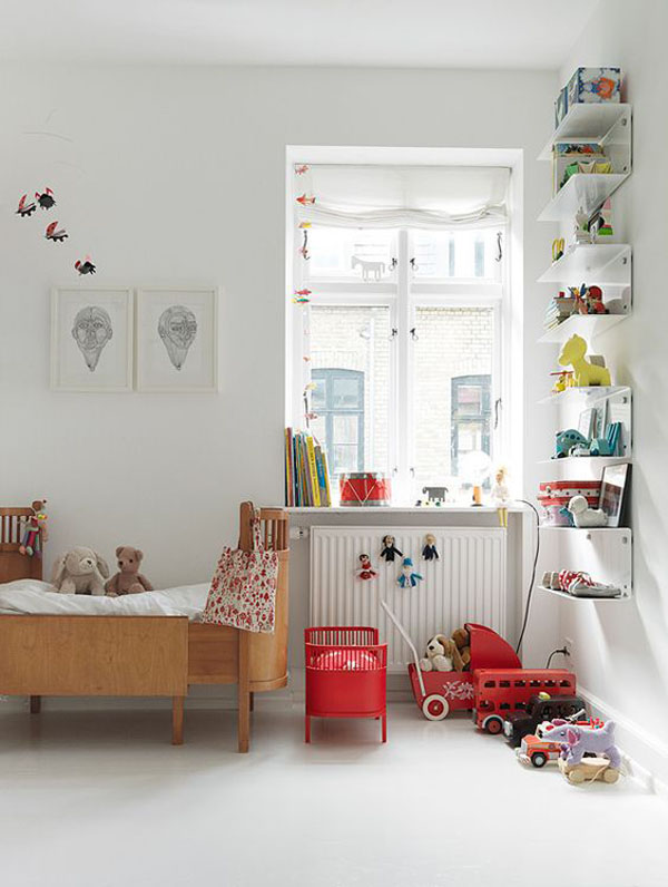 KIDS-WOODEN-BED4