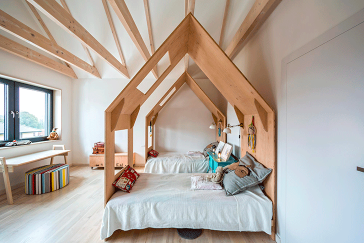 A Cosy Kids' Room Filled with Charm