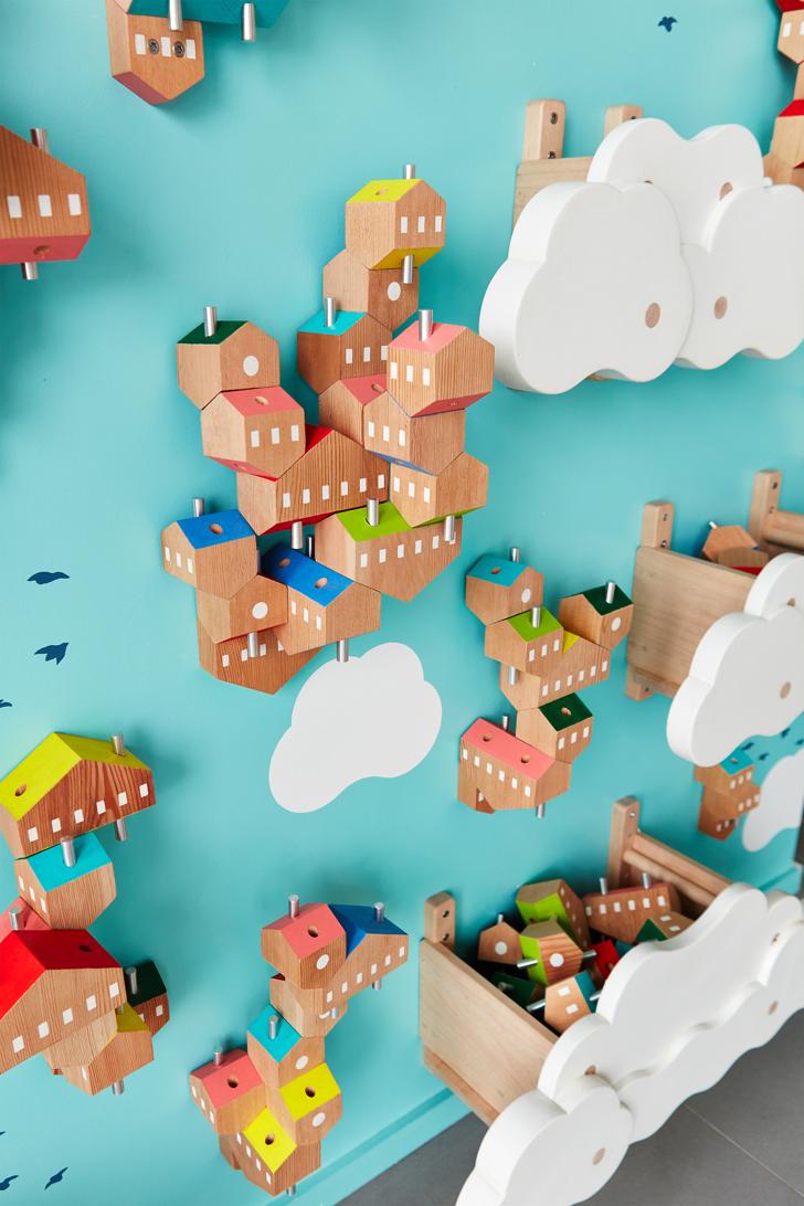 sky-villages-spark-kids-installation-3