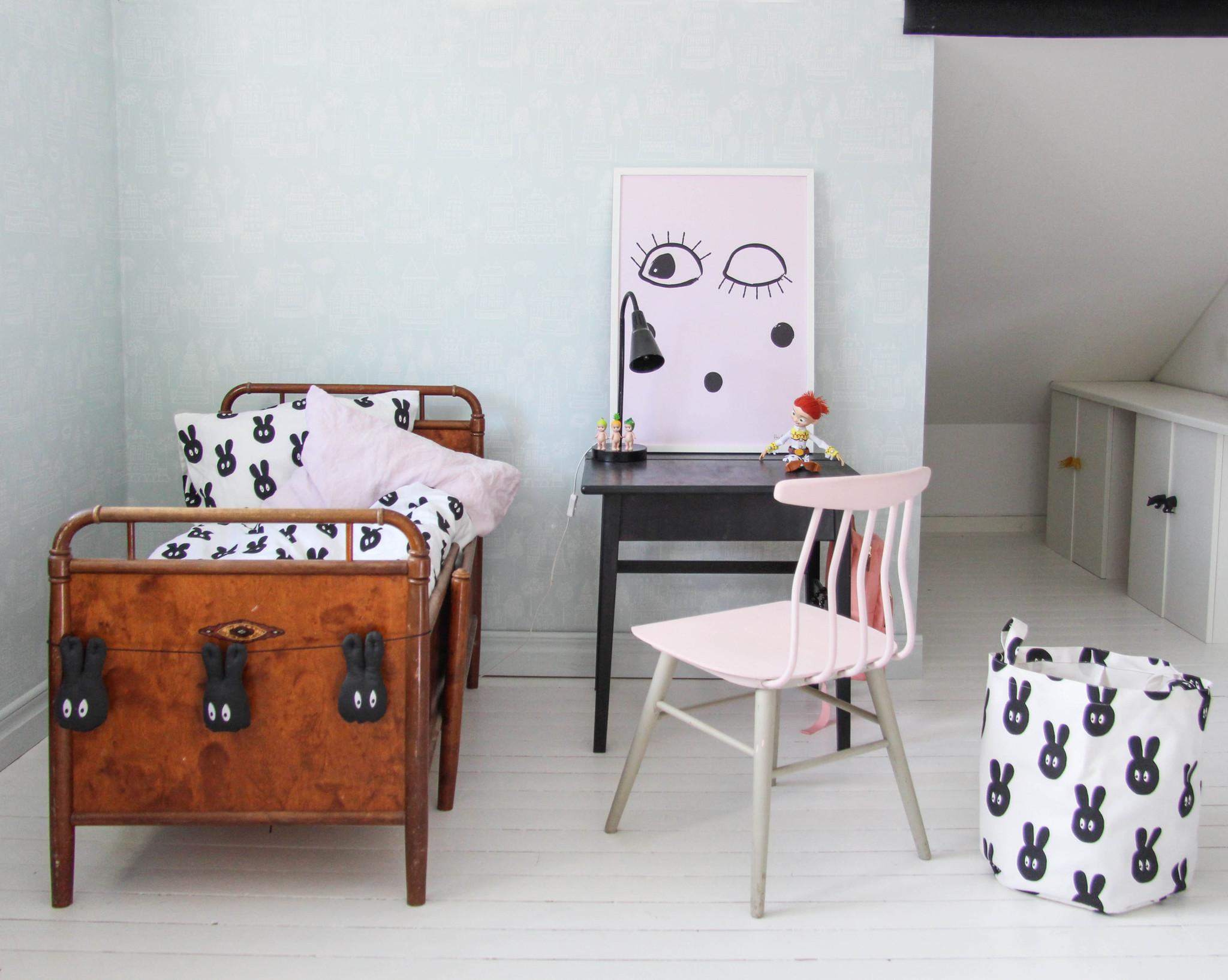 vintage-kids-desk-4